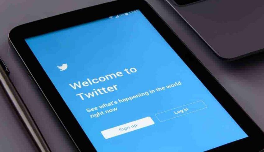 Come scaricare tutte le foto da un account Twitter